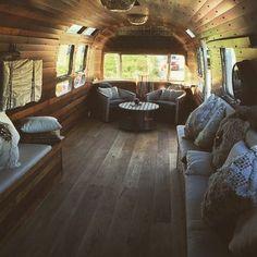 52 Wonderful Glamper Camper Trailer Remodel - Home-dsgn Airstream Living, Airstream Campers, Airstream Remodel, Airstream Renovation, Vintage Airstream, Trailer Remodel, Remodeled Campers, Camper Trailers, Vintage Campers