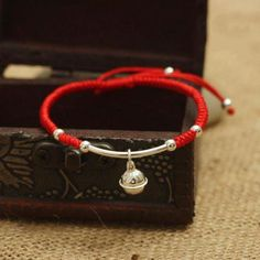 Lucky Red Rope 925 Sterling Silver Bell HARMONY Bracelet Ring in harmony and peace wearing this Cute Red Lucky Rope Bell bracelet with its 925 Sterling Silv Tattoo Lace, Feng Shui, Shamballa Bracelet, Yoga Bracelet, Bracelet Charms, Red String Bracelet, Red Rope, Surfer, Estilo Boho
