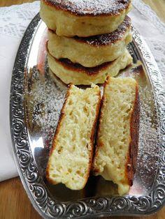 sio-smutki! Monika od kuchni: Racuchy drożdżowe z maślanką Hot Dog Buns, Pancakes, Sweets, Lunch, Bread, Dinner, Pierogi, Breakfast, Food