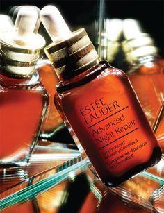 Advanced Night Repair http://www.marie-claire.es/belleza/consejos-belleza/fotos/prix-d-excellence-de-la-beaute-mejores-cosmeticos-2014/advanced-night-repair1
