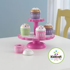 Help your kids learn the joy of cooking without the mess with this gorgeous Kid Kraft cupcake stand. It includes plastic cupcakes, and children will enjoy displaying their work for guests while indulging in creativity. This is great for any child chef.