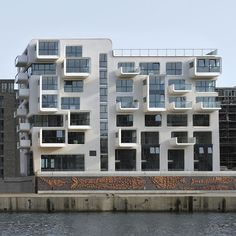 Baufeld 10 by LOVE architecture/ redevelopment of the port of Hamburg, Germany.