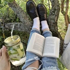 Is that cucumber mint water and a book....? Yes, please.