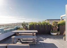 est-living-open-house-bondi-apartment-simon-baker-denny-mcgrath.07