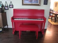 I love my light green walls but I needed a pop of color in my front room so I decided to paint my piano red.    And here is how I did it... ...