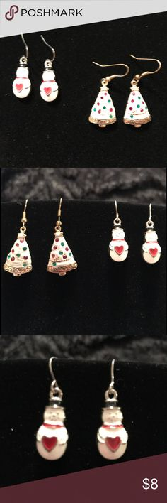 Christmas Costume earrings set of 2 snowmen & tree Set of 2 dangle Christmas Costume pierced earrings set. One pair of snowmen & one pair tree earrings. Jewelry Earrings
