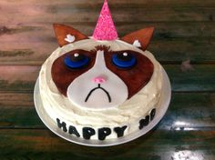 Grumpy Cat Birthday Cake I made for a friend with handpainted fondant