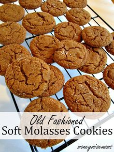Old Fashioned Soft Molasses Cookies - this recipe makes the most spicy, chewy delicious batch! Old Fashioned Soft Molasses Cookies - Just like Grandma used to make! These Soft Molasses cookies are spicy and chewy. Cake Mix Cookie Recipes, Best Cookie Recipes, Yummy Cookies, Baking Recipes, Baking Cookies, Oven Recipes, Meat Recipes, Cookies With Crisco, Bake Goods Recipes