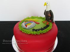 Doces Opções: Bolo de aniversário de um benfiquista com a Águia ...