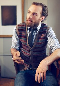The GANT clothing line is a classic/traditional American style line with a European touch. I love the combination of Ivy League st. Ivy Style, Men's Style, Men Dress Up, Ivy League Style, Mountain Style, Country Fashion, Dapper Men, Well Dressed Men, Gentleman Style