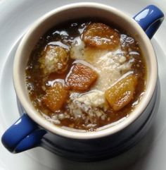 Onion and black garlic soup recipe. Garlic recipes from Cookipedia. A tasty garlic soup made with black garlic. Garlic Uses, Garlic Soup, Garlic Recipes, Soup Recipes, Cooking Recipes, Vegetarian Teas, Vegetarian Recipes, Sauces, Happy Hour Food