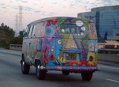 ... >> Volkswagen Bus >>Volkswagen Bus painted with hippie designs