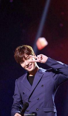 Minoz World: [HD]Lee Minho (이민호) at DragonTV New Year Eve 2015 rehearsal in in 2020 Lee Min Ho Images, Lee Min Ho Photos, Kdrama, Asian Actors, Korean Actors, Le Min Hoo, James Lee, Foto Transfer, New Actors