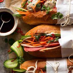 Overhead photo of Banh Mi (Vietnamese Sandwich Baguette) Sushi Sandwich, Vietnamese Sandwich, Vietnamese Recipes, Asian Recipes, Ethnic Recipes, Asian Foods, Banh Mi Recipe, Recipe Tin, Easy Dinner Recipes