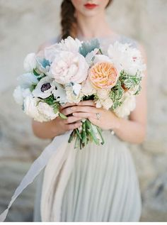 neutral grace bridalshoot, photo: Luna de Mare Photography
