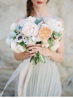 neutral grace bridalshoot, photo: Luna de Mare Photography