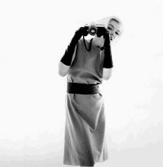 Marilyn Monroe with a Nikon F, photographed by Bert Stern (1962)