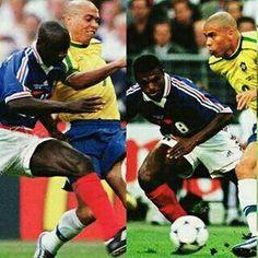 """""""Él me la hizo (bicicleta) en AC Milan no vi el balón. Vaya a donde vaya izquierda o derecha no ves el balón. Dónde está el balón? Es magia.."""" relató Desailly.""""Él se para volteas hacia abajo y el balón se ha ido. Es increíble (risas)"""" -Thuram y Desailly hablando sobre la bicicleta de Ronaldo"""