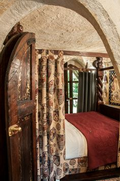 (Thorngrove Manor Castle bedroom) love the low door-ntp Castle Bedroom, Castle Wall, Dream Bedroom, Home Bedroom, Adelaide Hotels, Alcove Bed, Small Luxury Hotels, Basement Bedrooms, Queen
