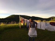 One of the most beautiful washing pictures I've ever seen! From Anne Flournoy's The Louise Log webseries blog.