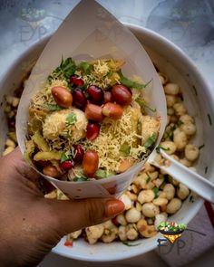 Indian Salads, Indian Appetizers, Indian Snacks, Indian Food Recipes, Vegetarian Recipes, Ethnic Recipes, Nutritious Snacks, Savory Snacks, Tamarind Chutney