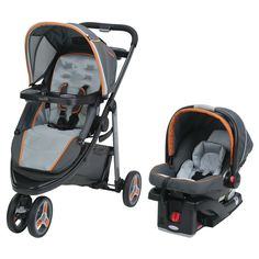 Make sure your child can always be at your side with this click-connect travel system from Graco Sport. This system adjusts in size, making it perfect for both infants and toddlers. Adjustable size ke