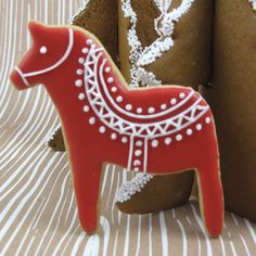 ❤ =^..^= ❤  Christmas Cookie Cutters - Cookie Cutter Dala Horse Set of 2, Tin