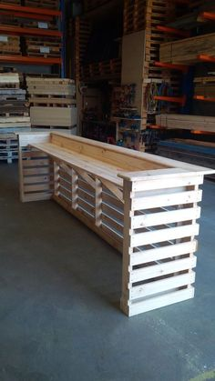 Gorgeous Picket Pallet Bar DIY Ideas for Your Home! ---- Plans DIY Outdoor Did Ideas Stools How To Make A How To Build A Instructions Wood Easy Cart Backyard With Lights Basement Wedding Top Table Shelf Indoor Small L Shaped Corner With Cooler Wall Projec