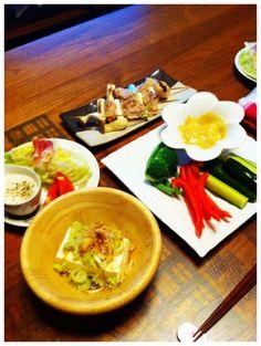 野菜もりもり - 6件のもぐもぐ - 塩麹焼き鳥、味噌マヨディップ、シーザーディップ、冷奴 by chirarhythm