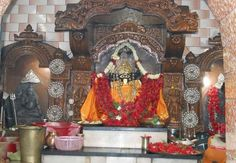 Barghobhima Devi Mandir  Shaktipeeth of Devi Sati is located in Medinipur District of West Bengal. It's about 90 K.m from Kolkata, and located on the banks of the Rupnarayan river close to bay of Bengal. It is believed that Mata Sati's left ANKLE fell here.