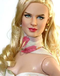 before and after of nicole kidman doll Noel Cruz: Improving Dolls. One Face At A Time. Divas, Madame Alexander, Celebrity Barbie Dolls, Diva Dolls, Dolls Dolls, Barbies Dolls, Barbie Clothes, Lifelike Dolls, Little Doll