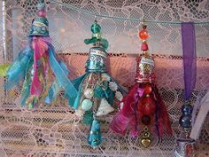 Altered thimbles : Women with hats, blue mist........ by couleurdarcenciel, via Flickr