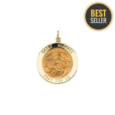 Exceptional A Gold Chain for Men Makes The Perfect Gift Ideas. Exhilarating A Gold Chain for Men Makes The Perfect Gift Ideas. Gold Jewelry, Chain Jewelry, Jewellery, St Michael Medal, Gold Fashion, Men Fashion, Gold Chains For Men, Religious Jewelry, Gifts For Friends