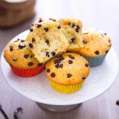 Chocolate Chip Cake, Chocolate Chip Muffins, No Bake Cookies, No Bake Cake, Cake Recipes, Dessert Recipes, Toffee Recipe, Vegan Junk Food, Vegan Smoothies