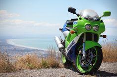 Kawasaki ZXR250, Port Hills, Christchurch, New Zealand.