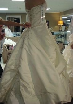 Bustles? - The Pink Bride Article