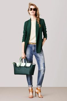 Business Outfit Frau casual sportlich blazer grün