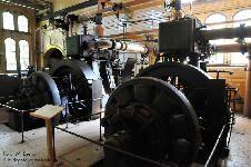 die beiden Dampfmaschine-Generator-Kombinationen aus 1900 (Datei: Beelitz_05.jpg, Downloads: 87)