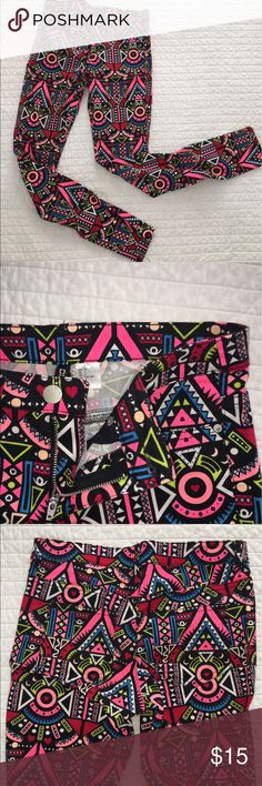 H&M patterned jeans Super cute and bright patterned jeans by H&M! EUC H&M Jeans Skinny
