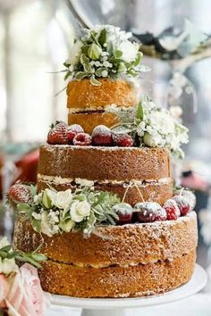 so obsessed with naked wedding cakes