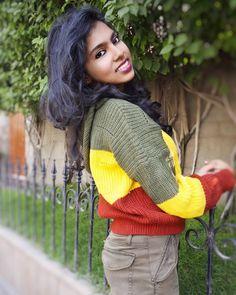 Sweater weather!! 🔔📲 #indianyoutuber #indianfashionblogger #stylist #fashioninfluencer . . . . . . . . #aditystyle #whattowear  #outfitgoals #fashion #style #styleblogger #stylish #lifestyle #lifestyleblogger #photooftheday #ootd #outfitoftheday #outfit #lookoftheday  #streetstyle #fashiongram #clothing #outfitshare #styling #blogger  #styleguide #fashionvlogger #styleinspiration #rainbowsweater #zaful #aw2018