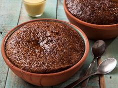 From the YOU kitchen: Malva pudding South African Desserts, South African Recipes, Food Truck Desserts, No Bake Desserts, Baking Desserts, Kos, Malva Pudding, Winter Desserts, Everyday Food