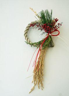 Christmas Wreaths, Japanese, Seasons, Holiday Decor, Flowers, Blue Prints, Japanese Language, Seasons Of The Year, Royal Icing Flowers
