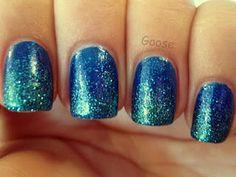 Goose's Glitter: NOTD - Blue/Teal Glitter Gradient