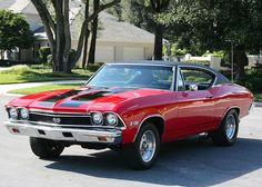 1968 Chevelle SS: My most favorite car EVER! Of course it would be better green though.