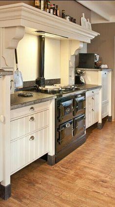 Gedeelte van mijn droomkeuken, waar het altijd lekker warm is en gezellig