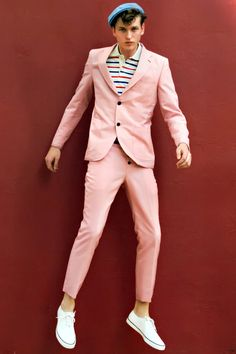 I can see Louie Tomlinson wearing this haha only certain people can pull this outfit off and this guy is one of them :)
