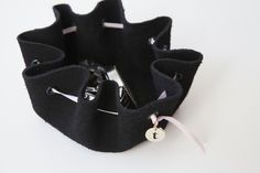 Learn how to make this darling, no-sew jewelry pouch!