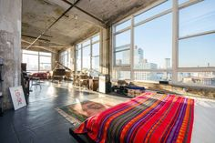 Schau Dir dieses großartige Inserat bei Airbnb an: Palace in the Sky - Apartments zur Miete in Brooklyn