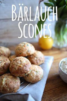 Rezept für Bärlauch Scones mit Frischkäse-Feta-Dip by pottgewächs Savory Scones, Savory Muffins, Bread Recipes, Cooking Recipes, Healthy Recipes, Healthy Food, Feta Dip, Crumpets, Loaf Cake